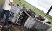 Ba người bị khởi tố vì đốt cháy rụi ôtô của doanh nhân