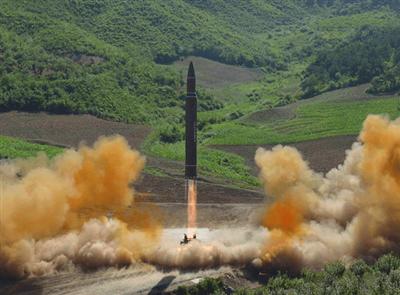Triều Tiên: Chứng tỏ năng lực hạt nhân trước, đối thoại với Mỹ sau